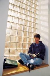 ventana hombre leer estudiar