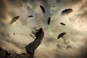 libero mujer tormenta paraguas