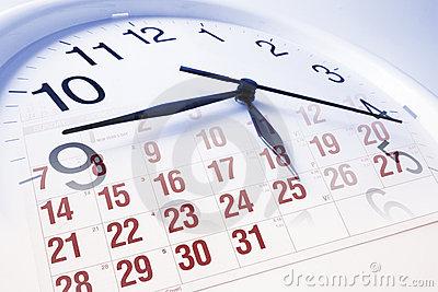 cara-y-calendario-de-reloj-7424008