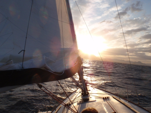 navegar velero barco oceano mar