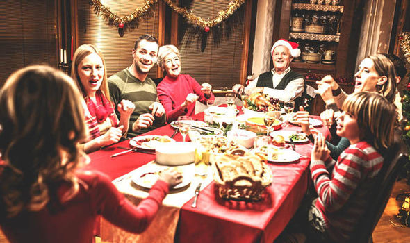 family-christmas-season-relatives-628321